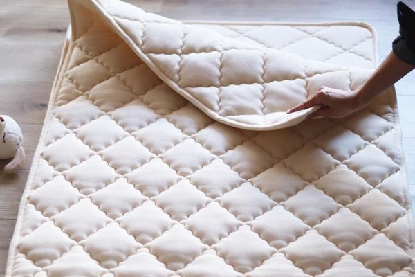 ベビー羊毛敷きパッドのサムネイル