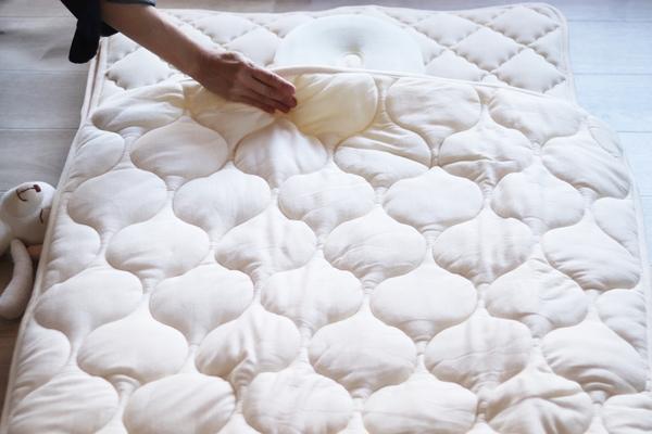 ベビー羊毛肌掛布団のサムネイル